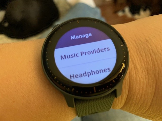 Learning How to Use the Vivoactive 3 Music and More | The Journier