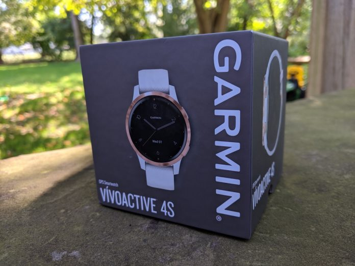 Garmin Vivoactive 4s in white/rose gold